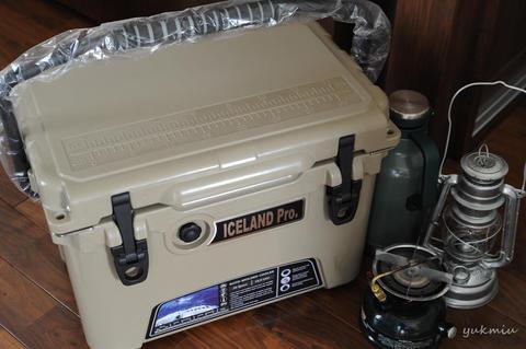 クーラーボックスはアイスランドクーラー20qt ICELAND Pro. Tan