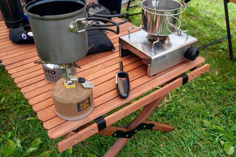 夏休み前にキャンプ用の自作フォールディングテーブルをペイント
