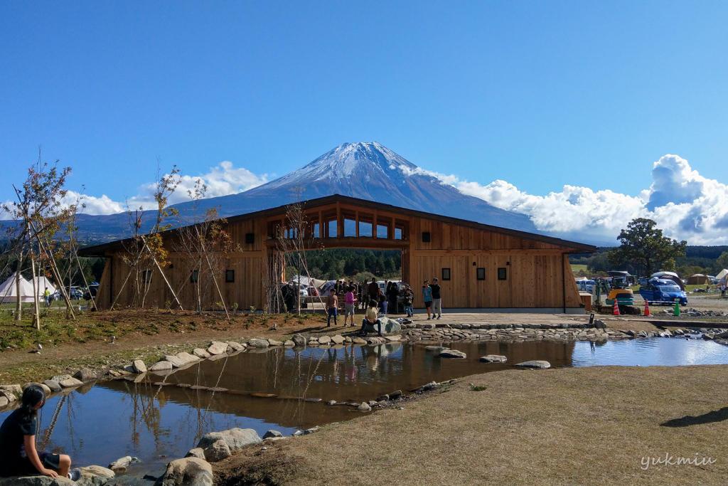 ふもとっぱらキャンプ場で富士山